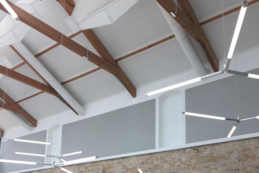 Plafonds acoustiques : un bien être au travail incontestable