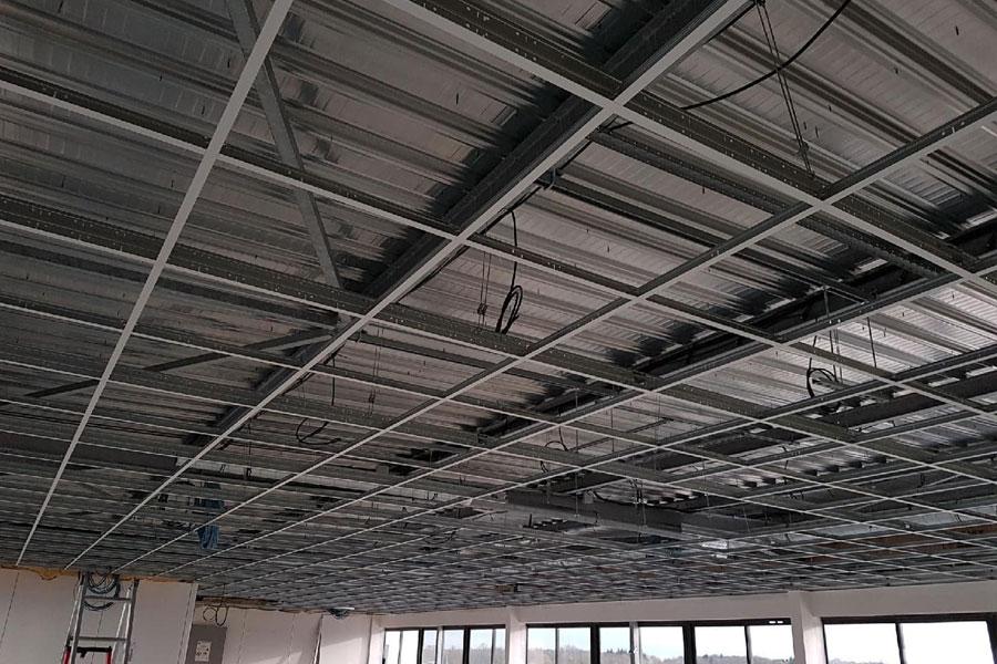 pose de plafond suspendu Lyon