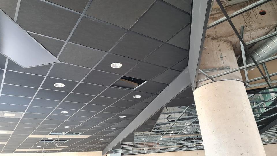 installateur-faux-plafond-ecole